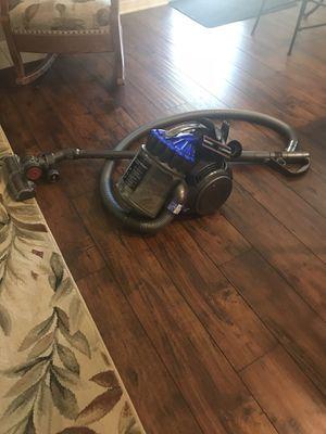 Dyson vacuum/all purpose for Sale in Menifee, CA
