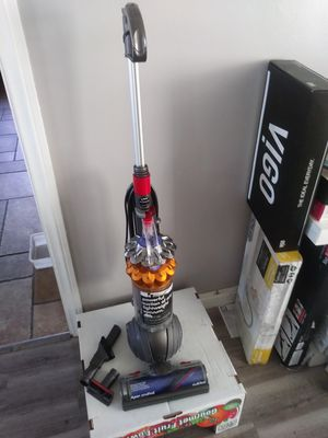 Dyson Small Ball Vacuum (Firm) for Sale in Torrance, CA