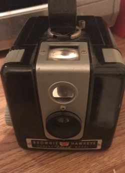 Antique Brownie Camera for Sale in Murray,  UT