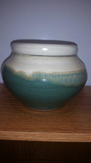 Glazed Clay Flower Pot for Sale in Nokesville, VA