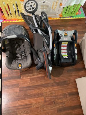 Chicco Full Set (Car Seat, Stroller, 2 Boosters) for Sale in Baltimore, MD