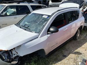 2016 Jeep Compass for parts for Sale in Grand Prairie, TX