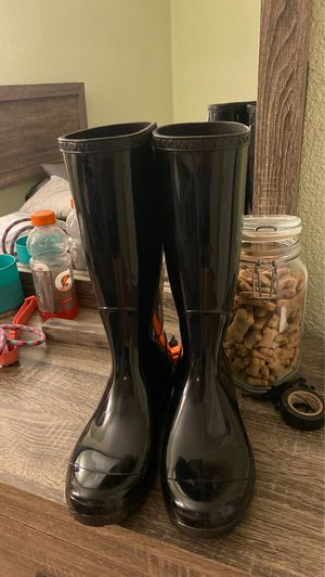 UGG rain boots size 7 women's for Sale in Houston, TX