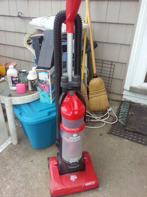 Dirtdeval bagless vacuum only asking 25firm for Sale in Glen Burnie, MD