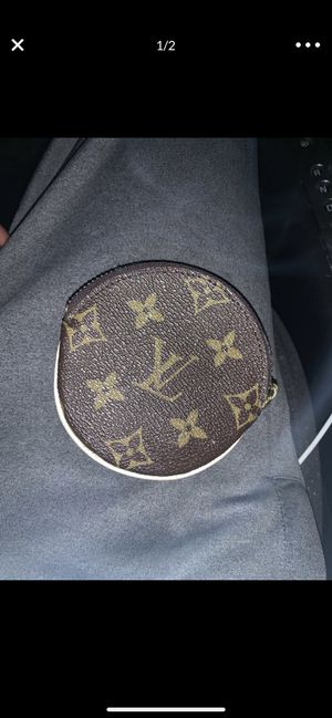Louis Vuitton coin Pouch for Sale in Gahanna, OH