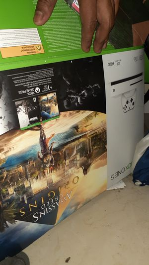 XBOX 1 , 1 TB , 1 controller, 1 headset=turtle beaches, gta5 fifa 19, Tom Clancy's Rainbow Six Seige , Assassins Creed Origin , justice league, for Sale in Colton, CA
