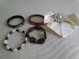 Bracelets & Clippy Bow for Sale in Riverside, CA