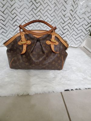 Louis Vuitton bag for Sale in College Park, GA