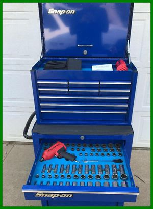 Snap On BOX and TOOLS for Sale in Eugene, OR