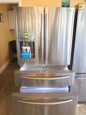 Refrigerator 🥶🥶 for Sale in Bell Gardens, CA