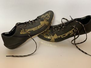 Men's UnderArmour Track Spikes for Sale in Abilene, TX