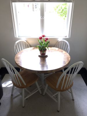 Small kitchen table and four chairs for Sale in Tempe, AZ
