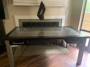 Nice computer/gaming desk! for Sale in Bedford, TX