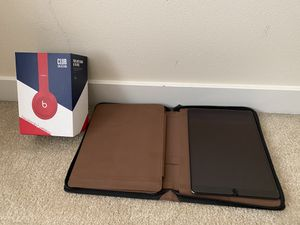 10.5-inch iPadAir Wi‑Fi 64GB - Space Gray + Beats Solo3 Wireless Headphones - Beats Club Collection - Club Red + case & 2 screen guards for Sale in Seattle, WA
