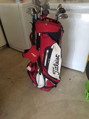 TITLEIST GOLF BAG for Sale in Irvine, CA
