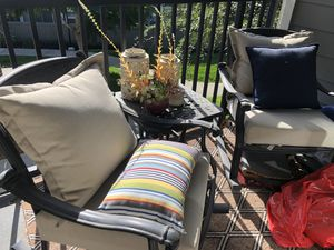 Patio furniture with rug for Sale in San Diego, CA