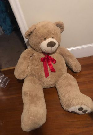 Giant teddy bear 5ft for Sale in Staten Island, NY