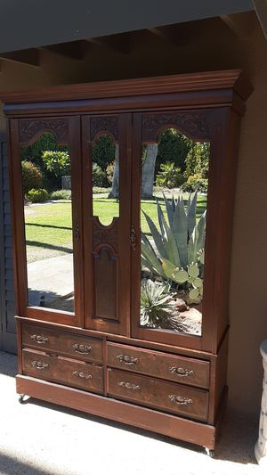 7 PC antique Armoire for Sale in Palm Springs, CA