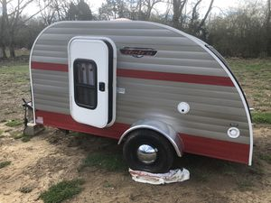 Retro teardrop camper. for Sale in Kingsport, TN