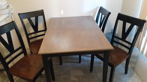 Kitchen table w/ 4 chairs for Sale in Lakewood, CA