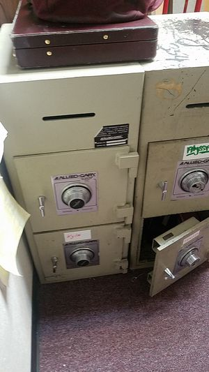 Allied Gary two compartment safe for Sale in Auburn, WA