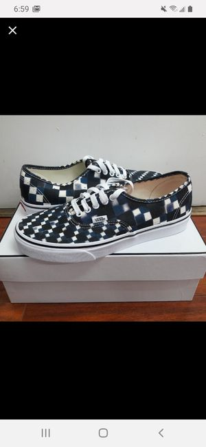 Vans multiple sizes read entire listing for Sale in Colton, CA