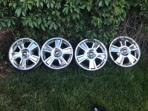 """6 lug 20"""" rim for chevy for Sale in Denver, CO"""