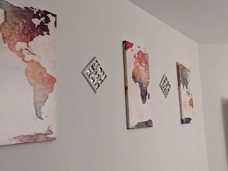 Wall Display, Colorful Map And Two Mirror/Design wall Pieces for Sale in Silver Spring,  MD
