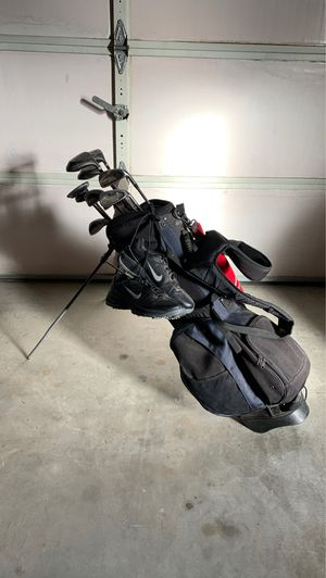 Wilson Golf clubs, bag and shoes $35 for Sale in East Wenatchee, WA
