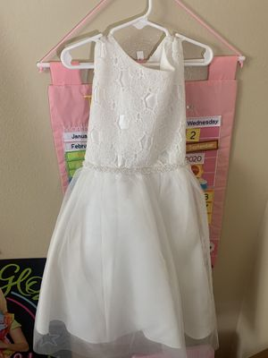 White dress for Sale in Hawthorne, CA