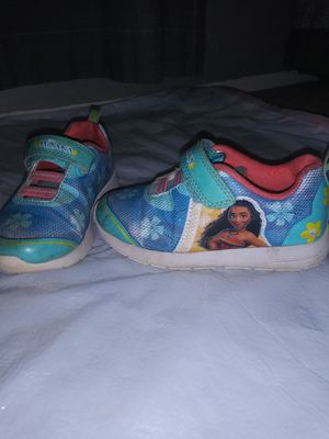 Size 9 Moana toddler girls shoes for Sale in Phoenix, AZ