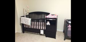 Graco crib with changing table attached for Sale in Utica, MI