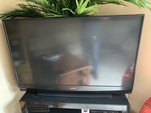 60 inch Mitsubishi tv for Sale in St. Louis, MO