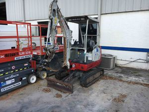 3,000lbs Mini Excavator 2014 Takeuchi TB216 for Sale in Lake Park, FL