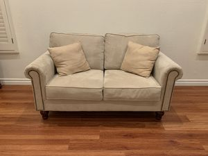 Suede Loveseat couch for Sale in West Hills, CA
