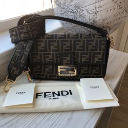 New Fendi Baguette Bag for Sale in Huntington Beach,  CA