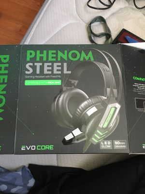 Gaming headset for Sale in New Orleans, LA
