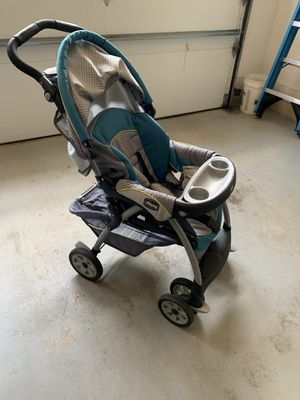 Chicco KeyFit stroller, carseat, 2 bases travel system for Sale in Grand Rapids, MI