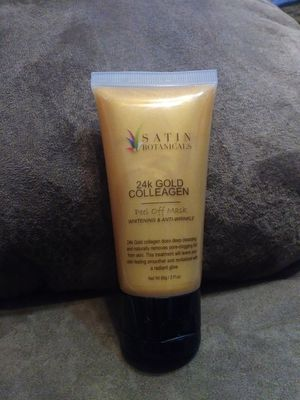 24k gold colleagen face mask for Sale in Winter Haven, FL