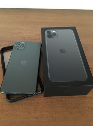 iPhone 11 pro max for Sale in Avon, CT