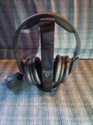 Brookstone tv bluetooth headphones for Sale in Georgetown, KY
