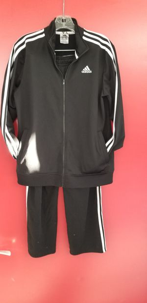 Boys youth adidas suit size xl for Sale in Norfolk, VA