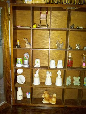 My collection mini cabinet plus figurines! for Sale in Hudson, OH