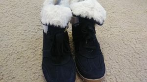 Justice Girl's Size 6 Black Wedge Boots with a White Trim of Fur for Sale in Durham, NC