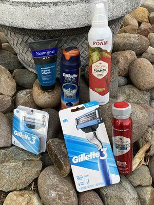 Men Toiletry Bundle (Shave/Body wash/Deodorant/Face wash) for Sale in Chula Vista, CA