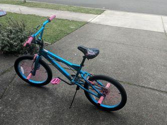 Girls Bike 8-10 Years Old for Sale in Camas,  WA
