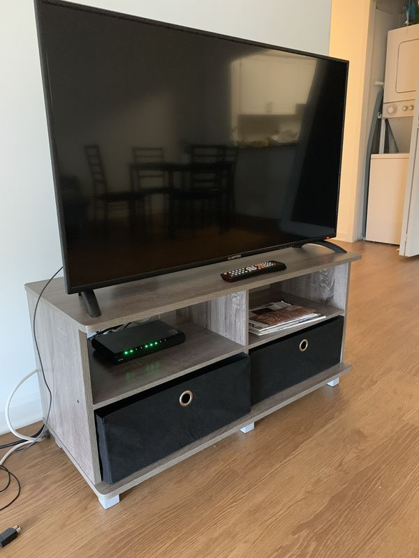 TV - TV Stand Included!!