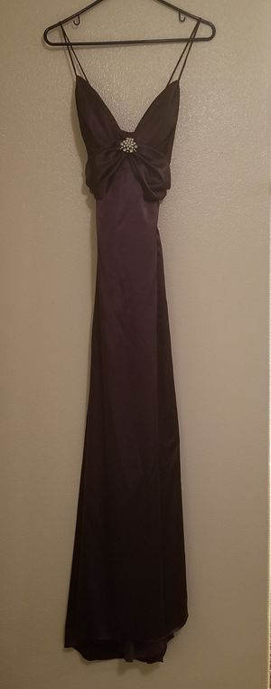Purple Formal Dress (size medium/large) - Prom, Wedding, Snow Ball for Sale in Portland, OR