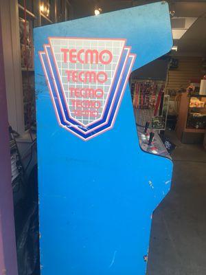 Ninja Gaiden arcade cabinet 1988 for Sale in Lakewood, CO
