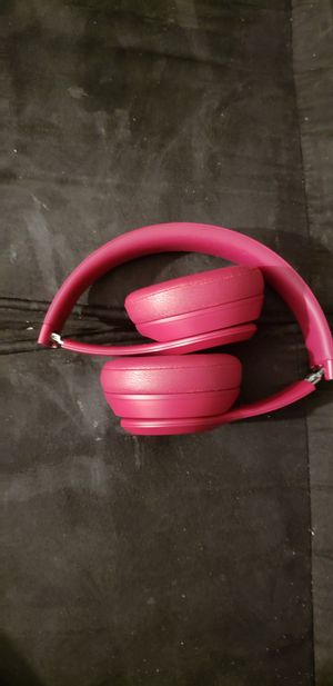 Beats by Dre Solo 3 Wireless On Ear Headphone Neighborhood Collection Brick Red for Sale in Spring Hill, FL
